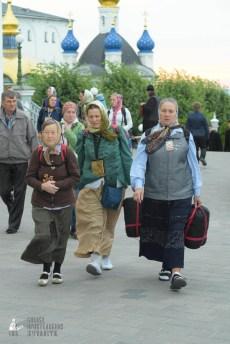 easter_procession_ukraine_pochaev_sr_0029