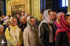 easter_procession_ukraine_pochaev_sr_0076