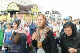 easter_procession_ukraine_pochaev_sr_0118