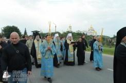 easter_procession_ukraine_pochaev_sr_0150