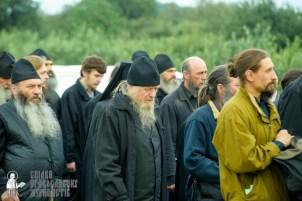 easter_procession_ukraine_pochaev_sr_0162
