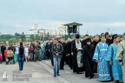 easter_procession_ukraine_pochaev_sr_0176