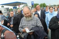 easter_procession_ukraine_pochaev_sr_0198