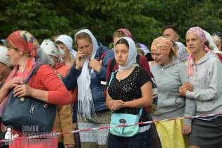 easter_procession_ukraine_pochaev_sr_0212
