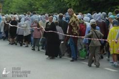 easter_procession_ukraine_pochaev_sr_0216