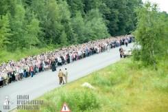 easter_procession_ukraine_pochaev_sr_0275