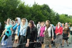 easter_procession_ukraine_pochaev_sr_0327