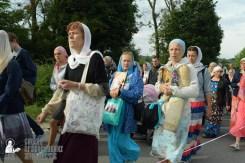 easter_procession_ukraine_pochaev_sr_0341