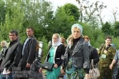 easter_procession_ukraine_pochaev_sr_0348