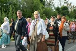 easter_procession_ukraine_pochaev_sr_0350