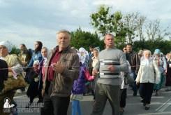 easter_procession_ukraine_pochaev_sr_0372