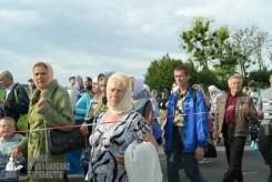 easter_procession_ukraine_pochaev_sr_0373