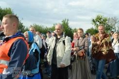 easter_procession_ukraine_pochaev_sr_0381
