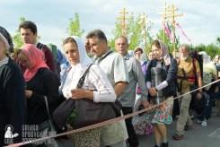 easter_procession_ukraine_pochaev_sr_0395