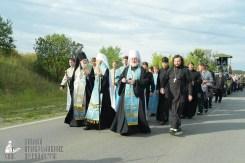 easter_procession_ukraine_pochaev_sr_0403