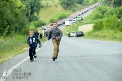 easter_procession_ukraine_pochaev_sr_0438