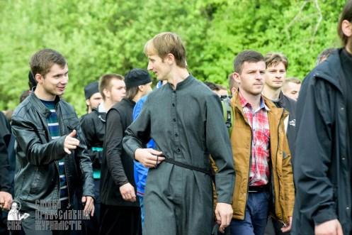 easter_procession_ukraine_pochaev_sr_0461