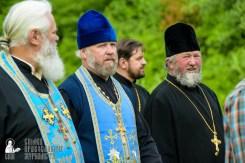 easter_procession_ukraine_pochaev_sr_0463