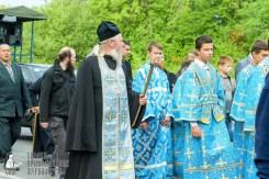 easter_procession_ukraine_pochaev_sr_0474