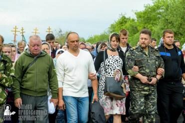 easter_procession_ukraine_pochaev_sr_0482