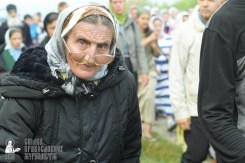 easter_procession_ukraine_pochaev_sr_0484