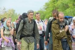 easter_procession_ukraine_pochaev_sr_0499