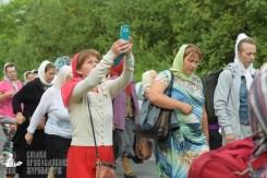 easter_procession_ukraine_pochaev_sr_0506