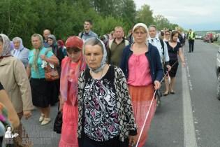 easter_procession_ukraine_pochaev_sr_0558