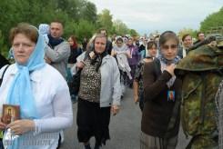 easter_procession_ukraine_pochaev_sr_0587