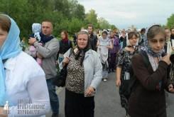 easter_procession_ukraine_pochaev_sr_0588