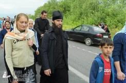 easter_procession_ukraine_pochaev_sr_0617