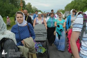 easter_procession_ukraine_pochaev_sr_0625
