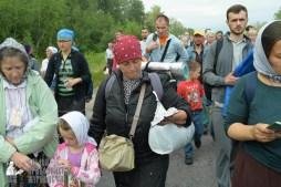 easter_procession_ukraine_pochaev_sr_0633
