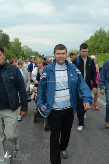 easter_procession_ukraine_pochaev_sr_0645