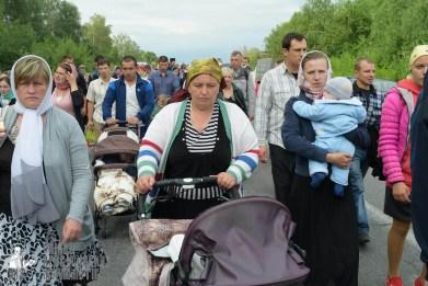 easter_procession_ukraine_pochaev_sr_0646