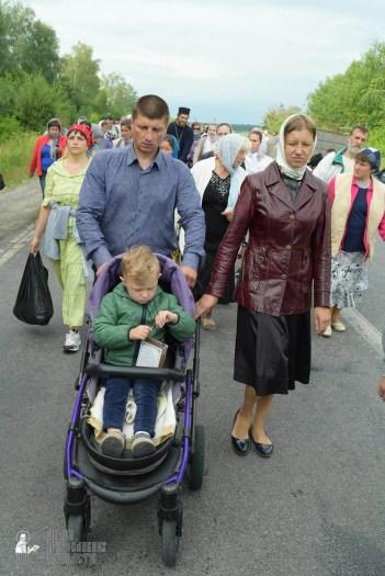 easter_procession_ukraine_pochaev_sr_0649