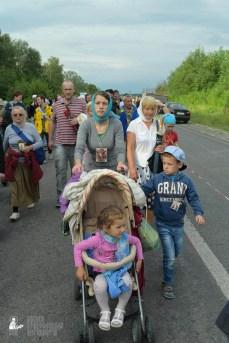 easter_procession_ukraine_pochaev_sr_0661