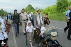 easter_procession_ukraine_pochaev_sr_0667