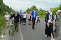 easter_procession_ukraine_pochaev_sr_0671