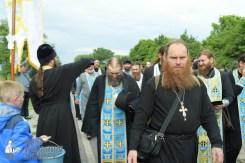 easter_procession_ukraine_pochaev_sr_0687