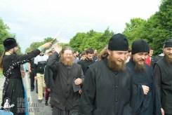 easter_procession_ukraine_pochaev_sr_0700