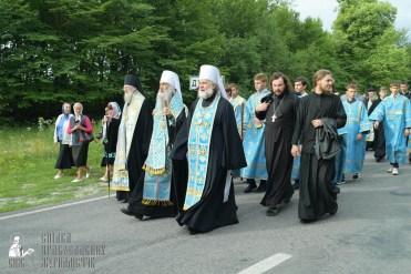 easter_procession_ukraine_pochaev_sr_0730