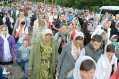 easter_procession_ukraine_pochaev_sr_0748