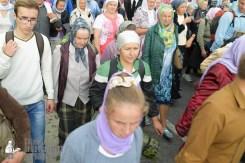 easter_procession_ukraine_pochaev_sr_0751