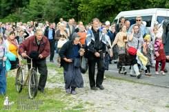 easter_procession_ukraine_pochaev_sr_0773