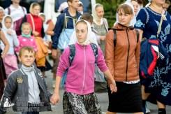easter_procession_ukraine_pochaev_sr_0779
