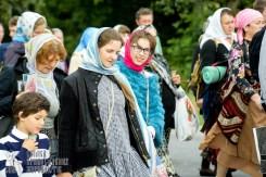 easter_procession_ukraine_pochaev_sr_0790