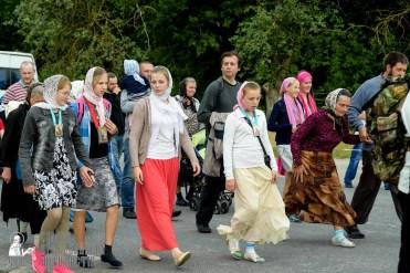 easter_procession_ukraine_pochaev_sr_0826