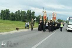 easter_procession_ukraine_pochaev_sr_0870
