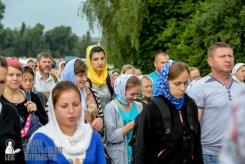 easter_procession_ukraine_pochaev_sr_0933